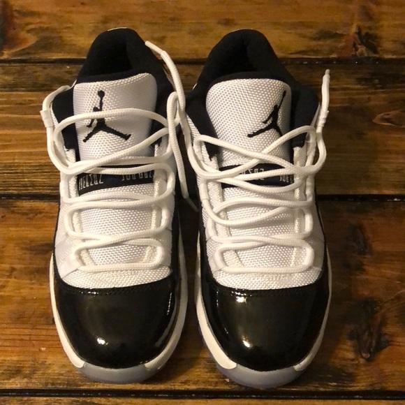 low priced d752b 4e2ab Air Jordan 11 Concord Low Preschool Boys Size 2y